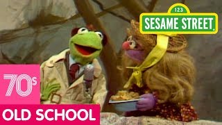 Sesame Street: Little Ms. Muffet | Kermit News
