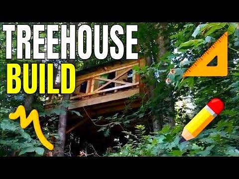 Tree House:  DIY Kids Tree House  Tree Fort Cabin Built From Pallets & Reclaimed Wood Western Saloon