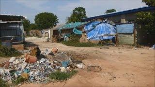 廃虚と化した州都 南スーダン・ベンティウ