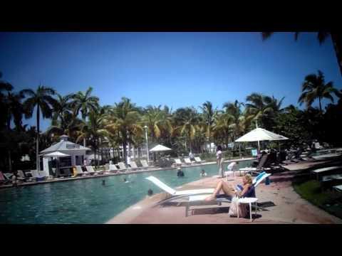 MAH00454 The Bahamas by one of three pools