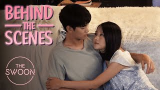 [Behind the Scenes] Kim Soo-hyun swoops in for a kiss | It's Okay to Not Be Okay [ENG SUB]