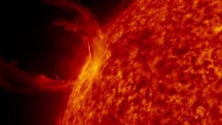 An erupting prominence observed by SDO太陽日珥噴發影片-NASA-20100330.mov