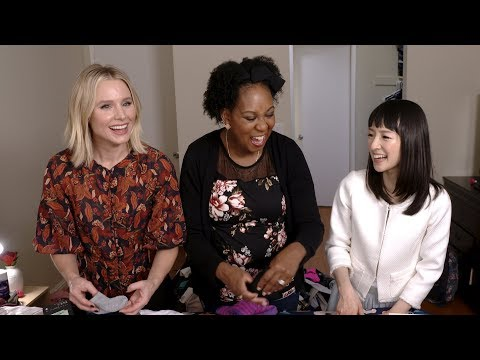 #Momsplaining with Kristen Bell: SparkJoy with Marie Condo