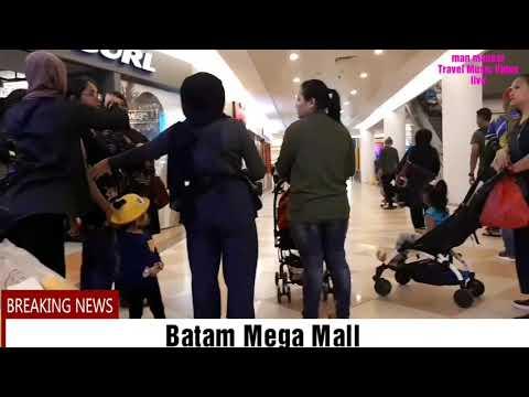 CROWDED at Batam mega mall 2018