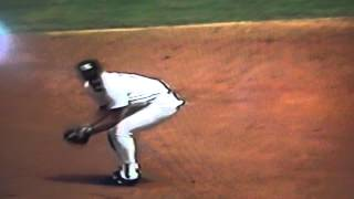 Wade Boggs Rolling Over Catch & Throw To Mattingly!