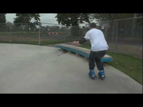 A Few Fruityboot Tricks at Walthamstow Skatepark Lloyds Park