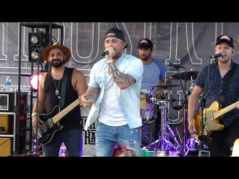 Michael Ray Think A Little Less Industry Public House Can Jam Pittsburgh  8232017 Pt 15