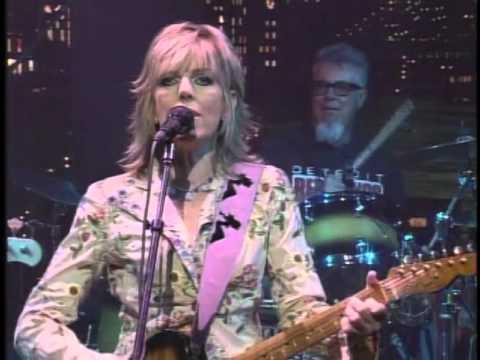Lucinda Williams - Changed the Locks live on Letterman 2005