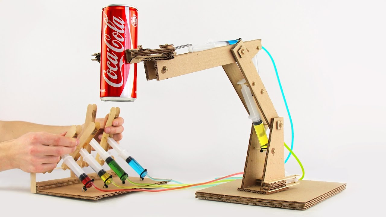 Simple Hydraulic Robotic Arm Designs : How to make hydraulic powered robotic arm from cardboard