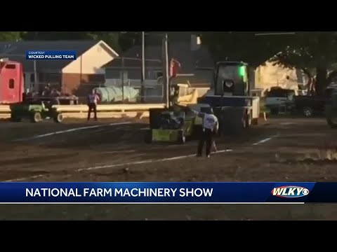 Record Attendance Expected At National Farm Machinery Show