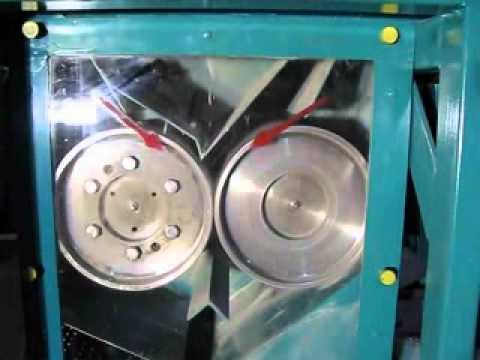 Крупорушка универсальная УКР-2: обработки ячменя. - YouTube