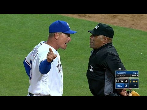 CWS@TEX: Banister is ejected in the 9th inning