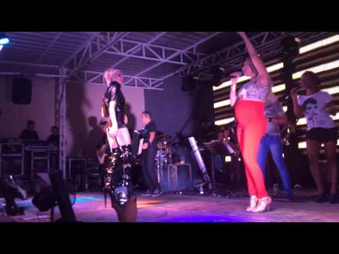 Romagaga Lacrando no Show da Taty Girl em Fortaleza (Bla Bla Bla Anitta)