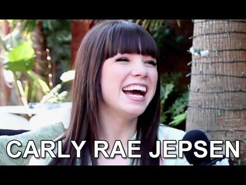 Carly Rae Jepsen Interview 2012 - Justin Bieber, New Music & Glee?!