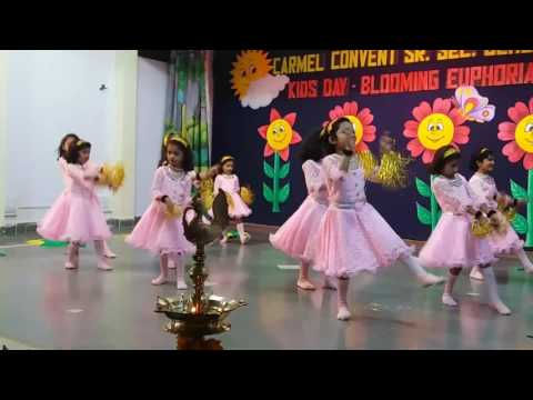 Welcome Dance performance by kg students