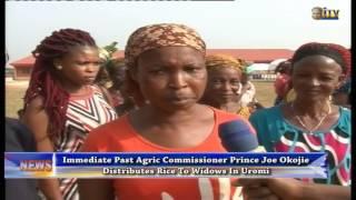 Joe Okojie distributes rice to widows in Uromi