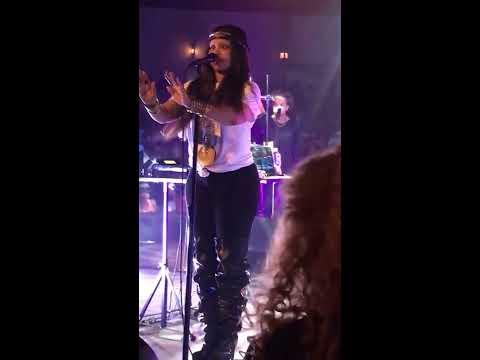 Erykah Badu - Live in Houston Didn't Cha Know 5/27/2017