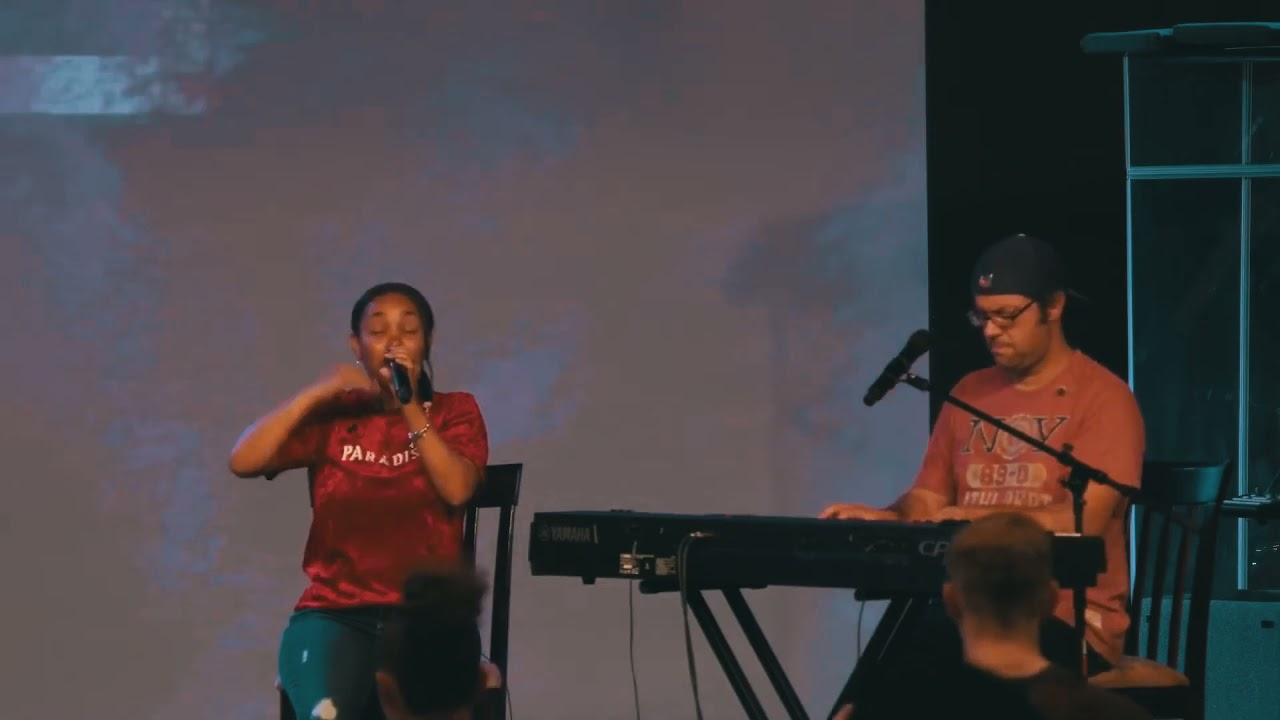 "Psalm Bird ""Spontaneous - He Loves Us"" (Worship Clip)"