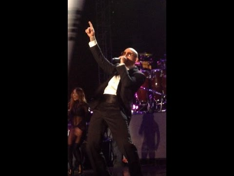 LIVE PERFORMANCE: Pitbull New Year's Eve 2015 - Bayfront Park, Miami