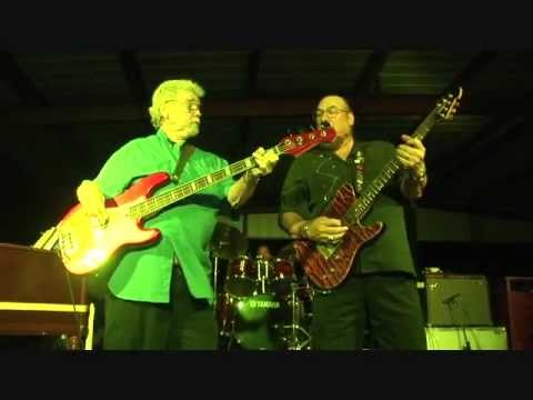 Steve Cropper, Donald Duck Dunn final US performance TIME IS TIGHT Marshall, TX