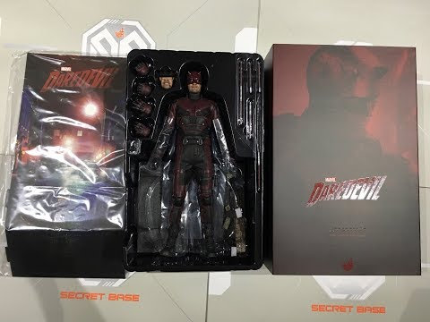 DAREDEVIL by HOT TOYS