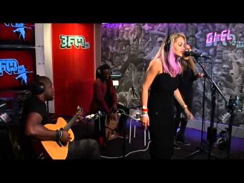 "Rita Ora - ""How We Do (Party)"" for 3FM (01/07/2014)"
