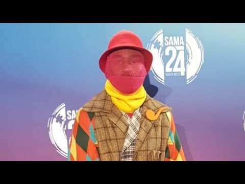Black Twitter Reacts: Riky Rick #SAMA24 Outfit