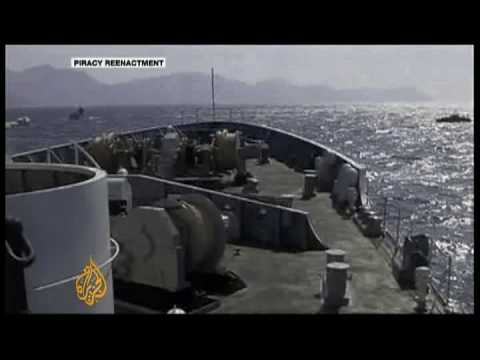 Joint patrols fight Malacca Strait piracy - 8 Dec 2008