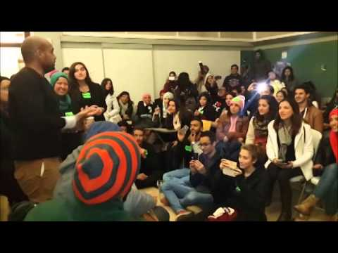 Sharmoofers with ISLC at AUC (El Boxer with audience)