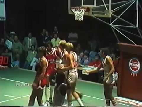Libertas Birra Peroni Livorno-Diana All Stars San Marino 93-94 (08-1984)