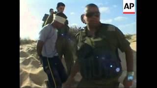 Israeli soldiers, Palestinian militants in gunbattle on border