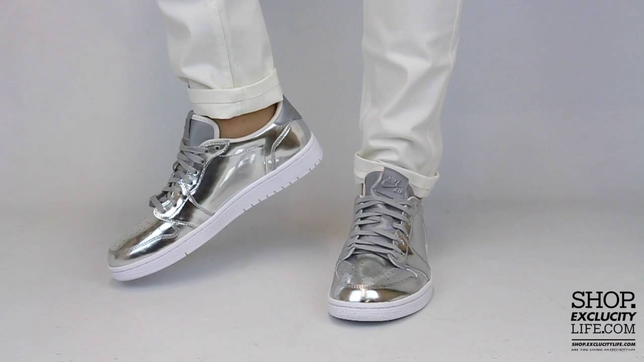 purchase cheap e30fa ca91d Air Jordan 1 Low Retro Pinnacle Metallic Silver On feet Video at Exclucity