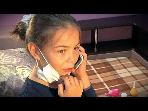 Дети играют в доктора – ПУПСИК | Видео для детей