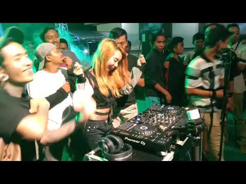 GARA-GARA DJ PONG-PONG SUASANA PECAH SAAT MANGKASARI LIVE DJ
