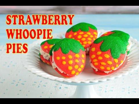 strawberry-whoopie-pies,-haniela's
