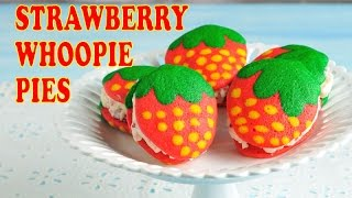STRAWBERRY WHOOPIE PIES, HANIELA
