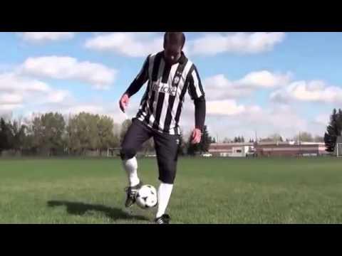Смотреть Обучение футбольным финтам или скачать бесплатно