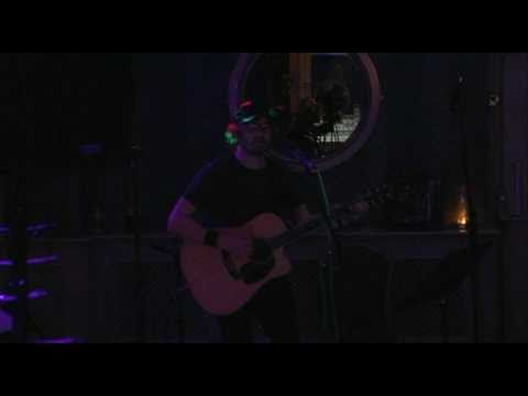 Niall Donnelly Live: Out on the Weekend