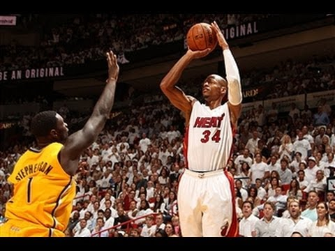 Ray Allen Catches Fire in the Fourth Quarter of Game 3