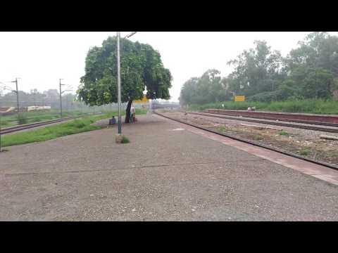 Beautiful Indian diesel train | Patel Nagar RS