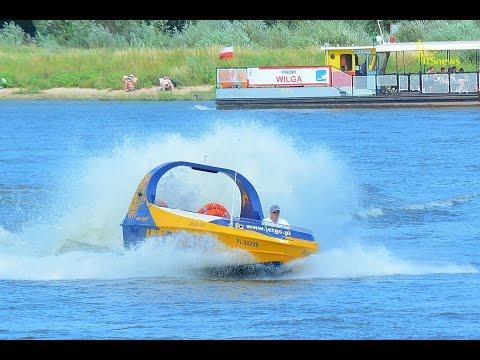 Crazy Water JetGo - Jet Boat. Pływamy po Wiśle w Warszawie. Jetboating in Poland.