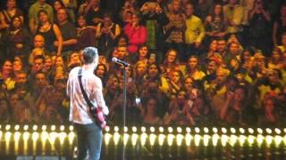 Sugar Adam Levine and Maroon5 Chicago United Center 3-19-15. Video ...