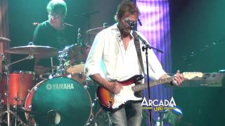 "Kenny Loggins sings ""Foot Loose"" at the Arcada Theater!"