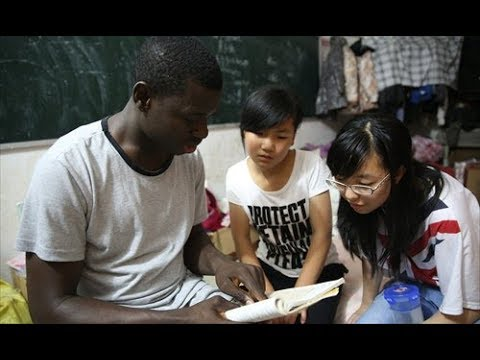 How AFRICAN Students SURVIVE In China??