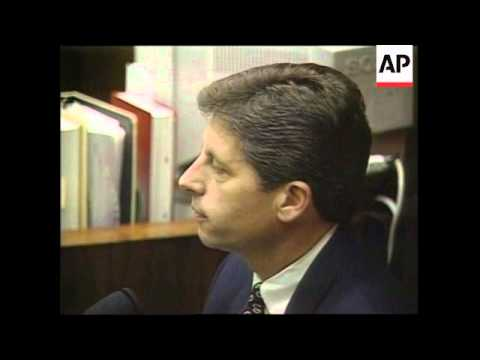 USA - Fuhrman Denies Racist OJ Simpson Remarks