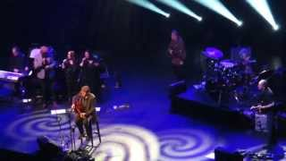 James Taylor - Lo and Behold + Wandering (Amsterdam 31-03-2015)