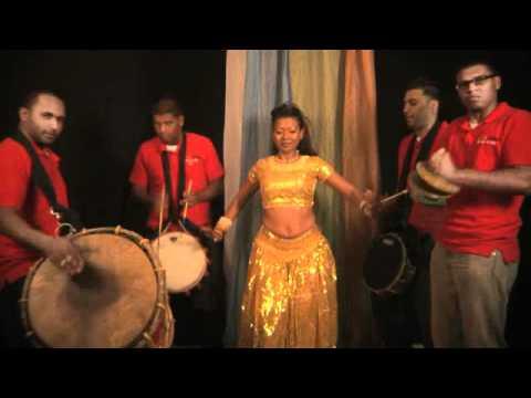Download FACEBOOK LOVE Official Music Video - King Raj (Supertones Band 2011)
