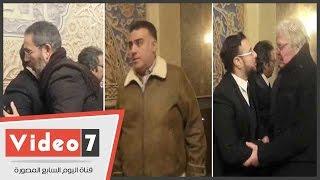 حسين فهمى ومدحت العدل وتامر حبيب وأدوارد يحضرون عزاء محمود أبو زيد