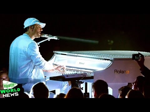 Sam Hunt Performs 'Make You Miss Me' At ACM Awards 2016