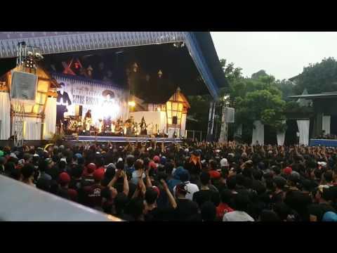 Iwan Fals - Panggilan dari Gunung (Konser Situs Budaya : Banten-Baduy)